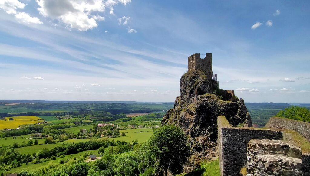 Trosky Castle Baba Tower